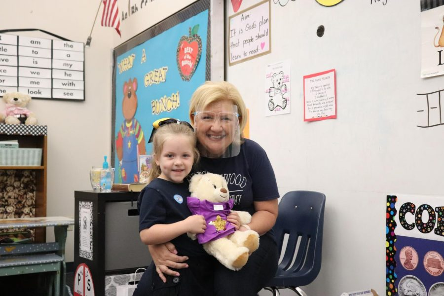 Kindergarten+teacher+Mrs.+Jeanna+Soper+celebrates+a+virtual+field+trip+to+Build+A+Bear+with+her+students.